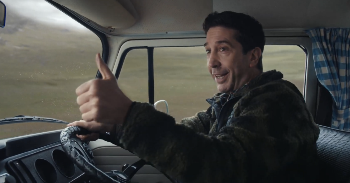 david-schwimmer-pouce-camping-car