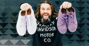 jason-momoa-baskets-veganes-algues