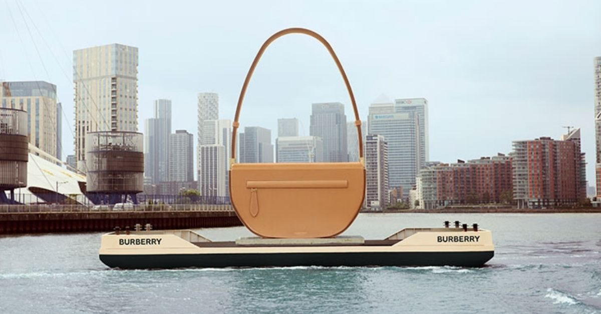 sac-olympia-burberry-geant-tamise-londres